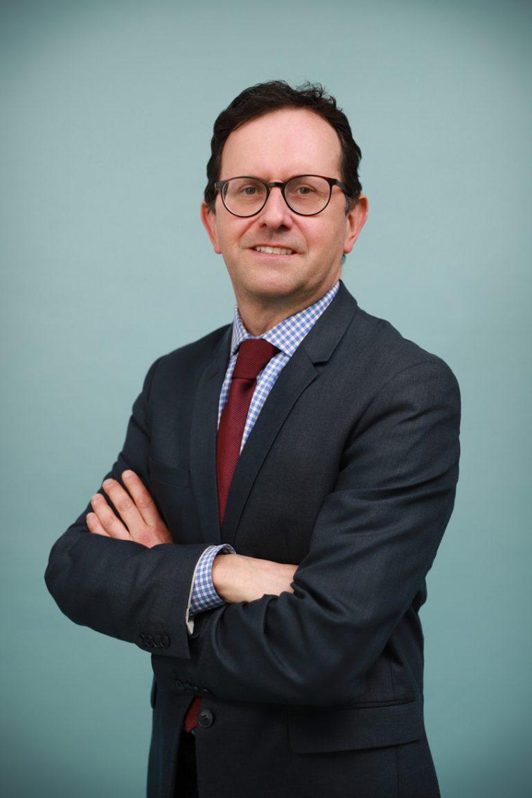 Pierrick Maintigneux Avocat à Lyon et Fontaines sur Saône : Droit de la famille, Droit des Affaires et Droit du Handicap.